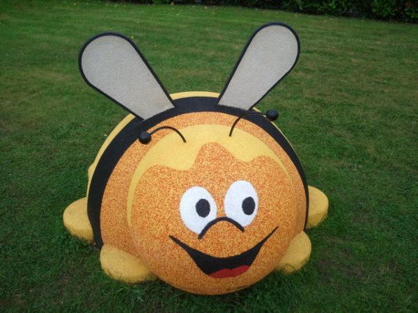creche-pitchoun-veyrier-abeille-caoutchouc-600x450 - A propos -